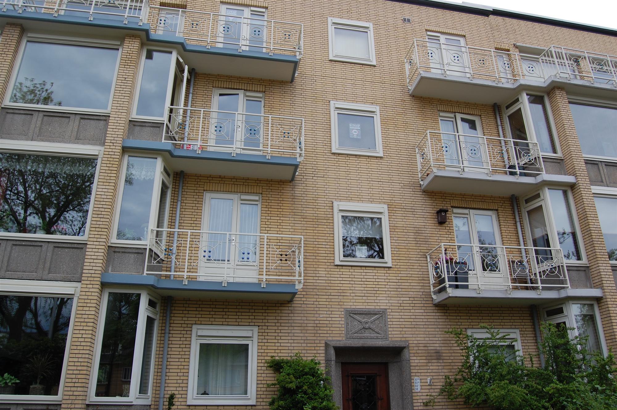 balkons-voorzijde